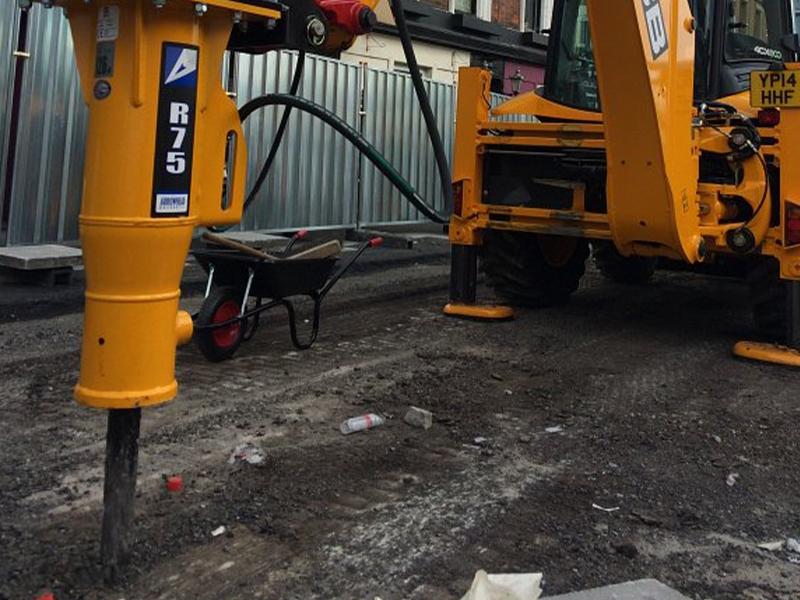 Arrowhead Compact R Range at Reeds Construction Ltd