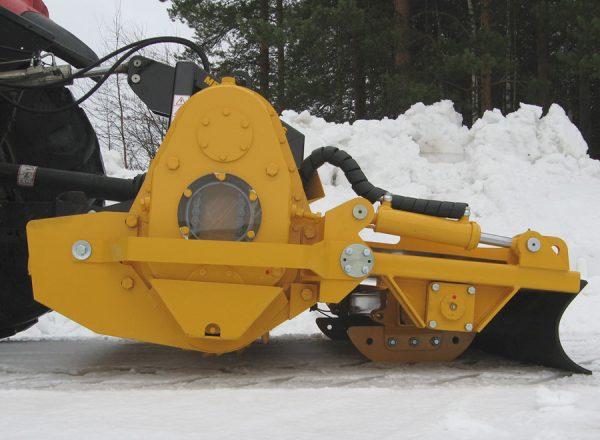 MeriCrusher RC-4000 snow